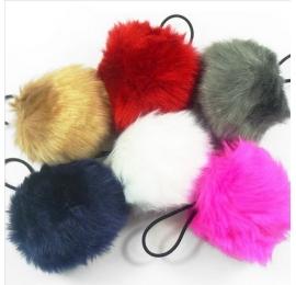 Pompons fourrures couleur
