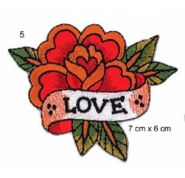 Ecusson rose en fleur rouge