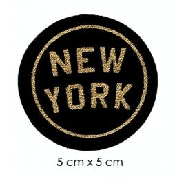 Écusson rond sérégraphié texte or fond noir New-york
